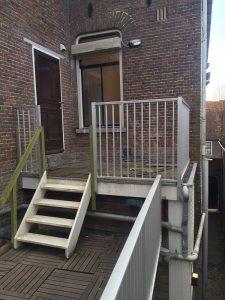 CT030-1000 spijlhekwerk geanodiseerd in Amersfoort