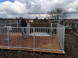 CT030-1200 aluminium spijlhekwerk van CT Hekwerk project in hartje Amsterdam.