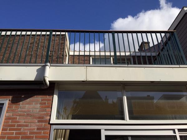 CT Hekwerk lamelhekwerk aluminium hekwerk balkonhekwerk dakterrashekwerk balkonkasten balkonkast buitenkast cvkast utrecht amsterdam rotterdam den haag nieuwegein vianen culemborg woerden maarssen vinkeveen breukelen almere ijburg zeewolde groningen maastricht privacyschermen striphekwerk spijlhekwerk lamellenhekwerk houten balustrade fransbalkon boeiboord hpl platen bankirai vloeren dakterras en balkonhek op maat